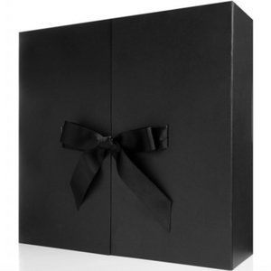 Net-a-Porter Advent Calendar Brand New HIGH QUALIT